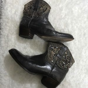 Frye embellished leather boots size 9